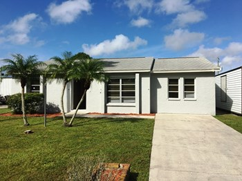 6231 Catalan St 2 Beds House for Rent Photo Gallery 1