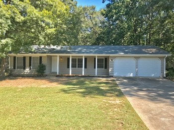 3464 Creekwood Dr SE 4 Beds House for Rent Photo Gallery 1