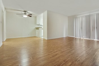 17950 Burbank Blvd Studio-2 Beds Apartment for Rent Photo Gallery 1