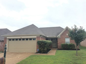 1188 Lemasa 3 Beds House for Rent Photo Gallery 1