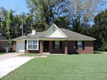 2631 Parkview 3 Beds House for Rent Photo Gallery 1