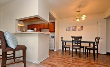 852 Garden Walk Blvd 1-2 Beds Apartment for Rent Photo Gallery 1
