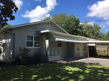5118 Kingsbury St 3 Beds House for Rent Photo Gallery 1