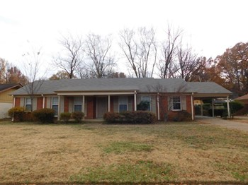 5819 Fox Lair Ave 3 Beds House for Rent Photo Gallery 1