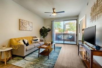 222 West Clarendon Avenue Studio-2 Beds Apartment for Rent Photo Gallery 1