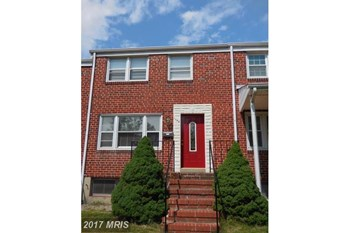1142 Linden Ave 4 Beds Apartment for Rent Photo Gallery 1
