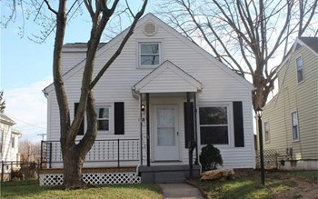 1140 Chelsea Ave 3 Beds House for Rent Photo Gallery 1