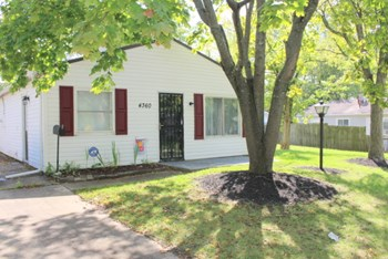 4360 Nevada Ave 3 Beds House for Rent Photo Gallery 1