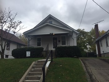 1825 Sterling Ave 2 Beds House for Rent Photo Gallery 1