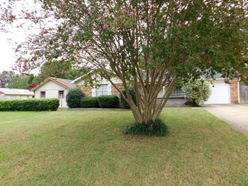 7426 Briarwood Cove 3 Beds House for Rent Photo Gallery 1