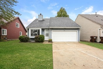 22444 Adams Drive 3 Beds House for Rent Photo Gallery 1