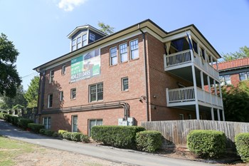 685 Penn Avenue NE 1-2 Beds Apartment for Rent Photo Gallery 1