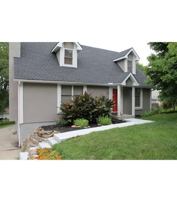 6900 N Mercier Street 4 Beds House for Rent Photo Gallery 1