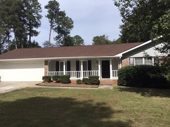 175 Hill Ln 3 Beds House for Rent Photo Gallery 1