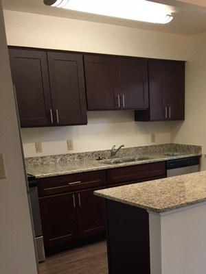 2151 Gramercy Place 1-3 Beds Apartment for Rent Photo Gallery 1