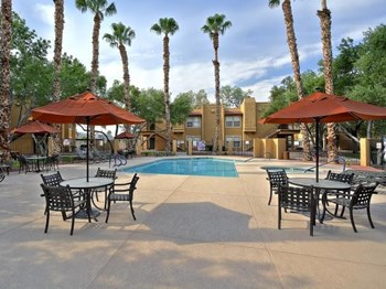 4375 E Sunset Road 1-2 Beds Apartment for Rent Photo Gallery 1
