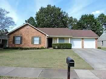 5696 Magnolia Woods 3 Beds House for Rent Photo Gallery 1