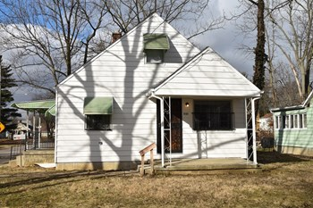 553 Napoleon Ave 3 Beds House for Rent Photo Gallery 1