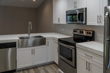 4854 Fishermans Dr 1-2 Beds Apartment for Rent Photo Gallery 1
