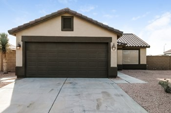11331 E Quartet Ave 3 Beds House for Rent Photo Gallery 1