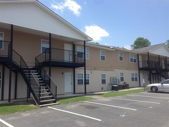 819 Robin Hood Trail 2 Beds Apartment for Rent Photo Gallery 1