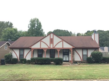 5757 Crievewood Dr 3 Beds House for Rent Photo Gallery 1