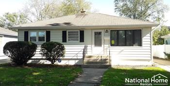 18531 Glen Oak Avenue 3 Beds House for Rent Photo Gallery 1