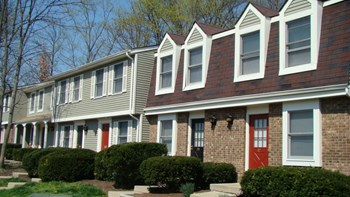 67 Hunters Ct 2-3 Beds Apartment for Rent Photo Gallery 1