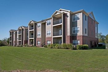 3950 S Jackson Drive 1-2 Beds Apartment for Rent Photo Gallery 1