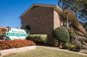 1549 Knox Dr SE 1-2 Beds Apartment for Rent Photo Gallery 1