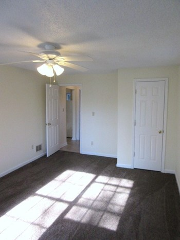 1649 Jaydell Circle 2 Beds House for Rent Photo Gallery 1