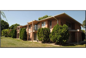 9100 Old Cedar Avenue South 1-2 Beds Apartment for Rent Photo Gallery 1