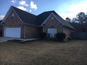209 Ashford Dr 3 Beds House for Rent Photo Gallery 1