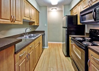 2409 Fallwood Dr 1-2 Beds Apartment for Rent Photo Gallery 1