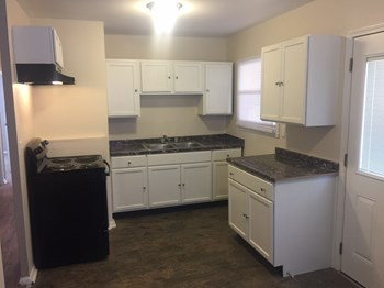 4645 Ashtree Dr 3 Beds House for Rent Photo Gallery 1