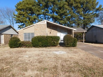 3430 Birdsong Ferry Rd 3 Beds House for Rent Photo Gallery 1