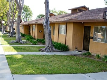 6600 E. Telephone Rd 1-2 Beds Apartment for Rent Photo Gallery 1
