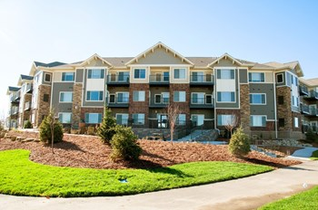 4489 Marsh Drive NE 1-3 Beds Apartment for Rent Photo Gallery 1