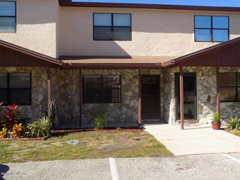 2-B Ponte Vedra Ct 2 Beds House for Rent Photo Gallery 1