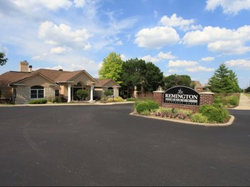1440 West Kemper Road 1-3 Beds Apartment for Rent Photo Gallery 1
