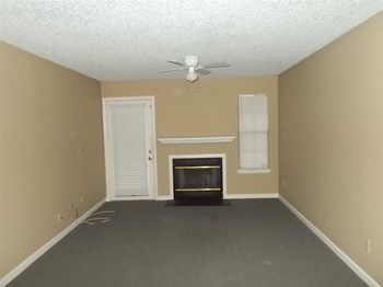 1103 Green Tree Court, Unit D 2 Beds Apartment for Rent Photo Gallery 1