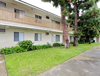 8081 Larson Avenue 1-3 Beds Apartment for Rent Photo Gallery 1