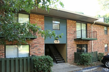 3745 Camelot Dr 1-2 Beds Apartment for Rent Photo Gallery 1