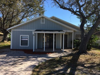 1236 Mackeral Ave 3 Beds House for Rent Photo Gallery 1