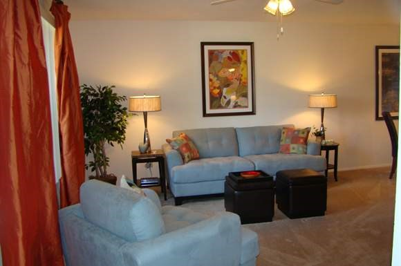 Village Square Apartments Photo Gallery 13