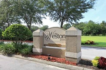 2201 Weston Point Drive 2-4 Beds Apartment for Rent Photo Gallery 1