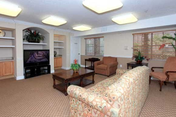 Covenant on the Lakes Senior Apartments Photo Gallery 6