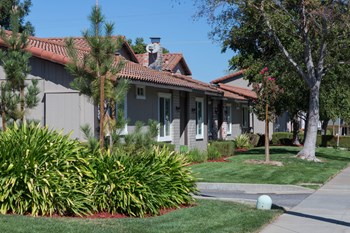15070 Los Gatos Almaden Road 2-3 Beds Apartment for Rent Photo Gallery 1