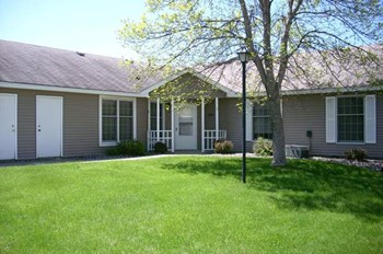 2210 Cottage Drive 1-2 Beds Apartment for Rent Photo Gallery 1
