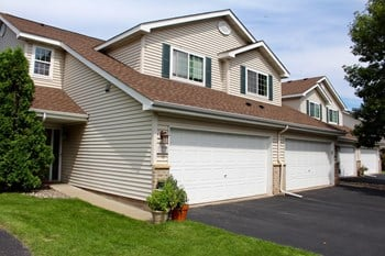 11229 Cedar Pointe Dr. N 1-4 Beds Townhouse for Rent Photo Gallery 1